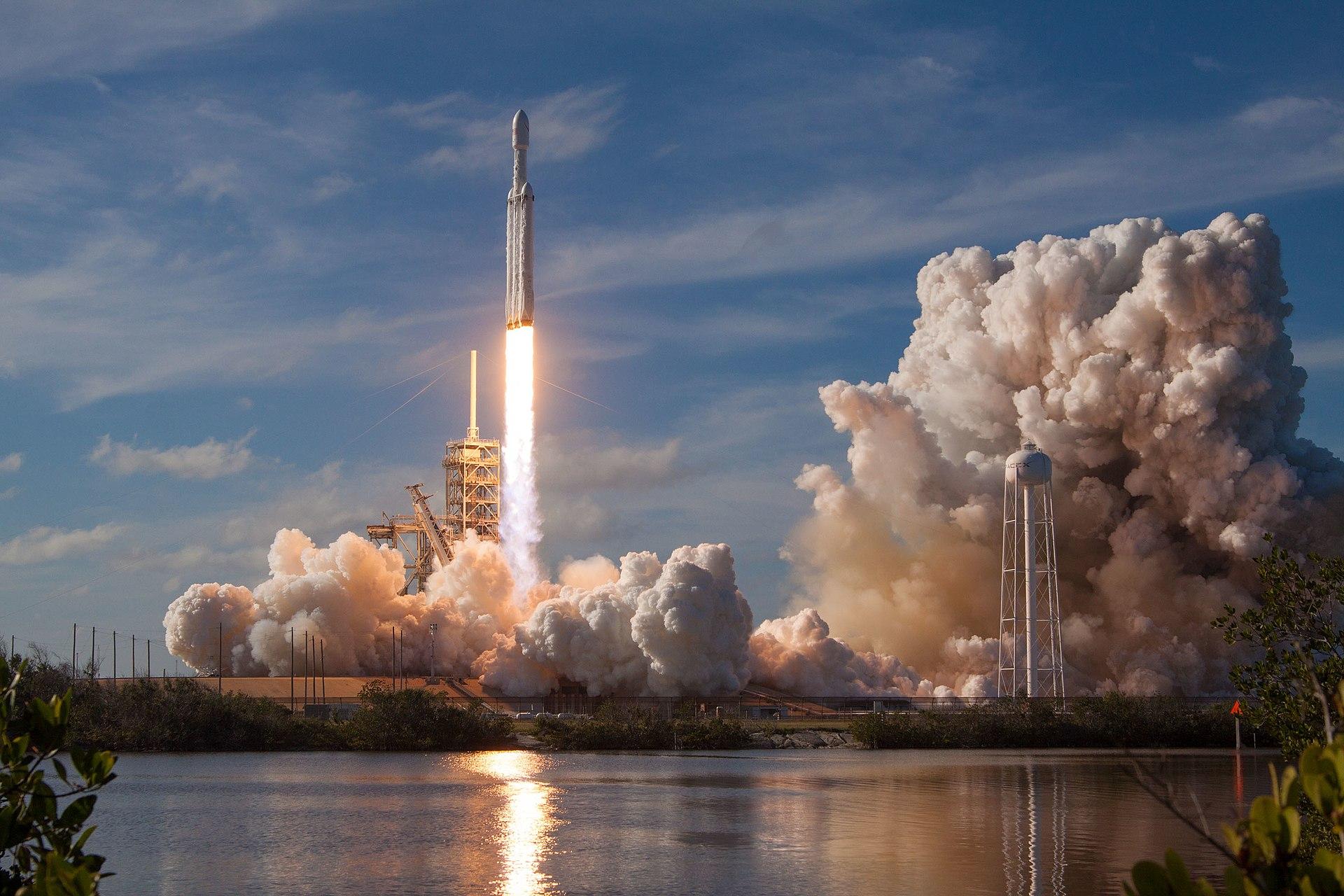 Falcon Meavy launch